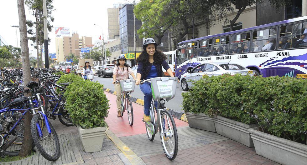 Norma establece que los ciclistas tendrán derecho a estacionamientos públicos gratuitos y que cada municipio deberá dotar a su jurisdicción de ciclovías y señalización. (Foto: GEC)