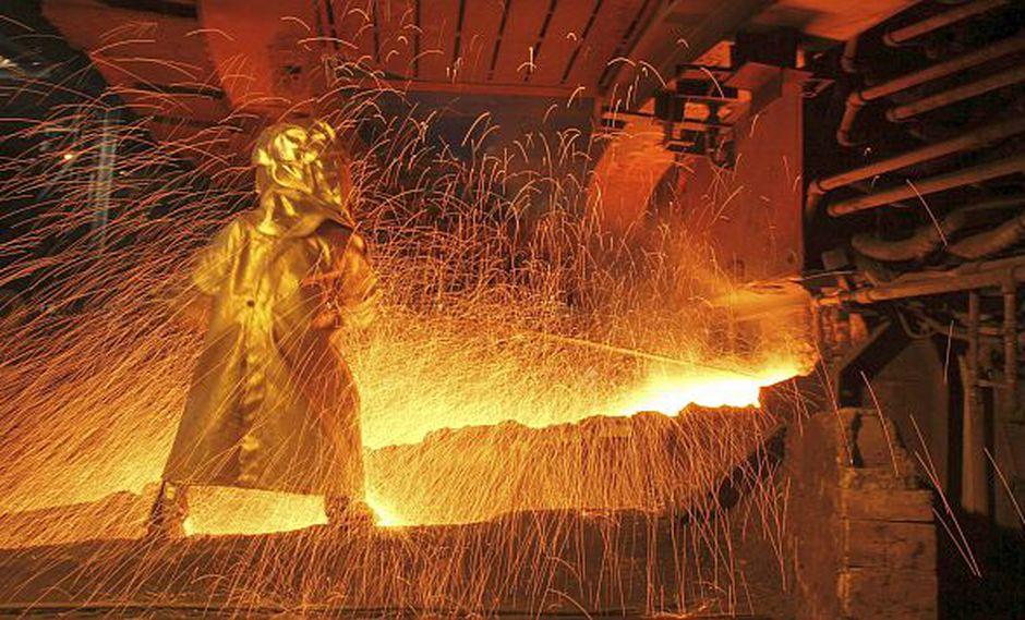 El precio del níquel, usado para fabricar acero inoxidable y baterías, se ha disparado casi en un 25% desde el 2 de julio en la Bolsa de Metales de Londres. (Foto: Reuters)<br>