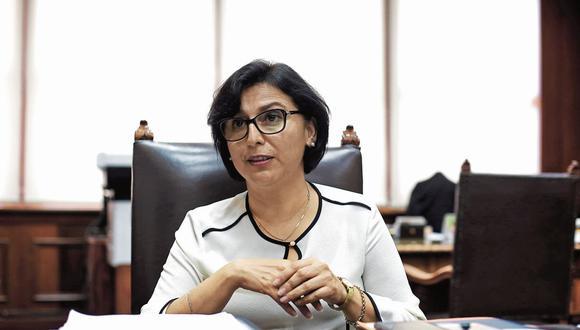 Evaluación. La ministra Cáceres señaló que se buscará consenso en los cambios de modalidades formativas que pasará por un diálogo tripartito. (Foto: Marco Ramón /GEC)