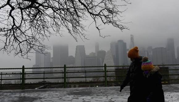 En el distrito de Brooklyn, los alquileres cayeron 10% desde las mismas fechas del año pasado hasta una media de US$ 2,390, el nivel más bajo desde el 2011. (Photo by Angela Weiss / AFP).