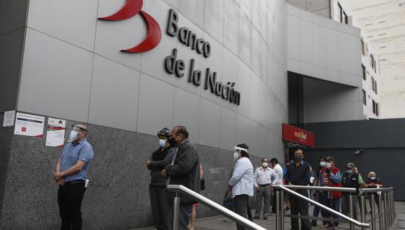 """Las modalidades de cobro del """"Bono 600 soles"""" buscan evitar las aglomeraciones en los bancos en medio de la segunda ola del COVID-19. (Foto: GEC)"""