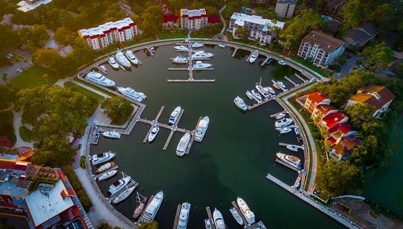 Los negocios de gestión de fortunas familiares son entidades privadas, poco reguladas, que administran capital para los ricos.