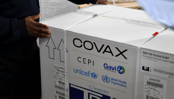 COVAX Facility eligió a Perú entre los primeros países para recibir las vacunas contra el COVID-19. (Foto: AFP)