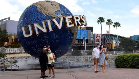 Los visitantes al parque Universal Orlando deberán usar mascarillas y se les tomará la temperatura en la entrada. (Foto: Paul Hennessy / Echoes Wire/Barcroft Media via Getty Images)