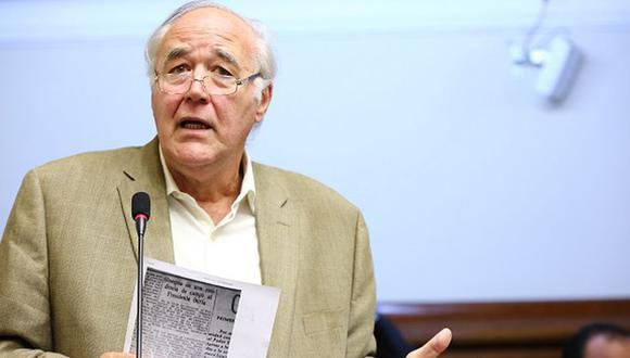 Víctor García Belaunde informó que Acción Popular participará en los comicios del 2020.