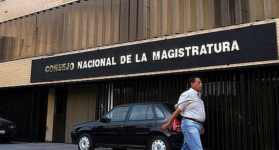 """Guido Águila destacó que dicho pago se debió a su """"importante trayectoria profesional"""" y aseguró que todos los títulos que publicó con la Telesup fueron escritos por él. (Foto: Andina)"""