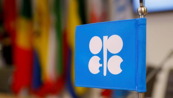 OPEP+ recortó la producción en una cifra récord de 9.7 millones de bpd el año pasado ante el colapso de la demanda, y la mayor parte de esos recortes siguen vigentes. A partir de julio, los recortes de la OPEP+ se situarán en 5.8 millones de bpd. (Foto: Reuters)