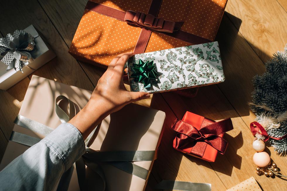 Estas son seis grandes ideas de regalo que puedes dar o recibir en Navidad. (Foto: iStock)