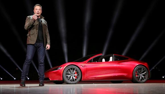 Elon Musk, CEO de Tesla, presenta el Roadster 2 en California. (Foto: Reuters)