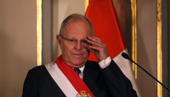 Perú: Según el diario Oglobo de Brasil, el presidente Pedro Pablo Kuczynski, logró salir de un proceso de impeachment detonado por las acusaciones de Odebrecht intercambiando votos de los opositores fujimoristas, a favor de él, por el indulto de Navidad del ex dictador Alberto Fujimori.