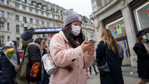 esde Chile a Madrid, pasando por París o Nueva York, la pandemia, surgida en diciembre en China, ha dado un vuelco completo a la vida del planeta. (Foto: AFP)