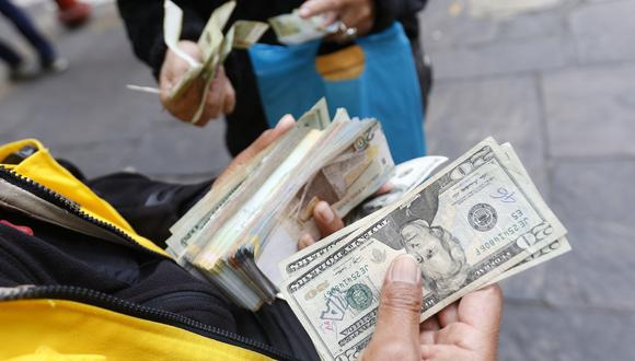 El dólar se vendía a S/ 3.39 en el mercado paralelo. (Foto: GEC)
