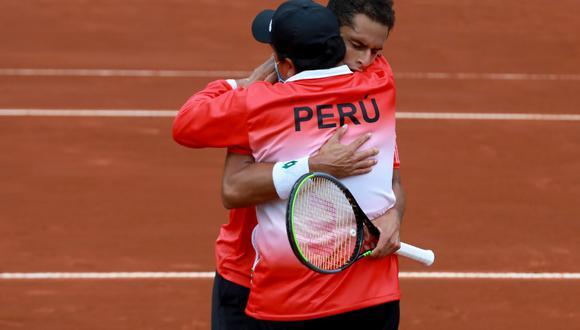 Celebración de Perú por Copa Davis   Créditos: Tenis al máximo / Rolly Reyna