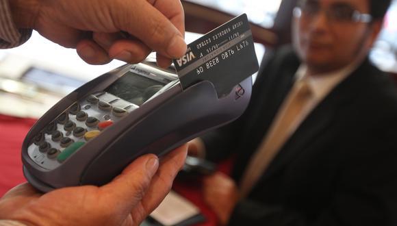 Tarjetas. El 32%  de nuevos usuarios tiene score crediticio negativo. (Foto: GEC)