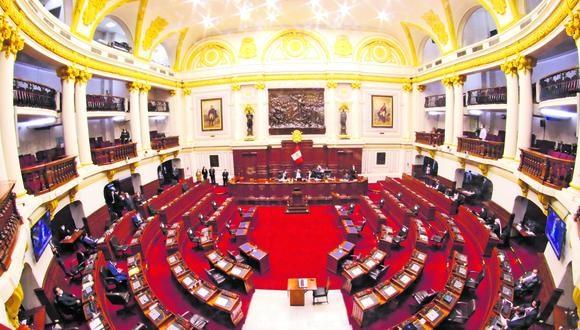 Para aprobar el retorno de la reelección de alcaldes y gobernadores se necesita, en el Pleno, el voto de 87 legisladores, o más, y en dos legislaturas consecutivas.