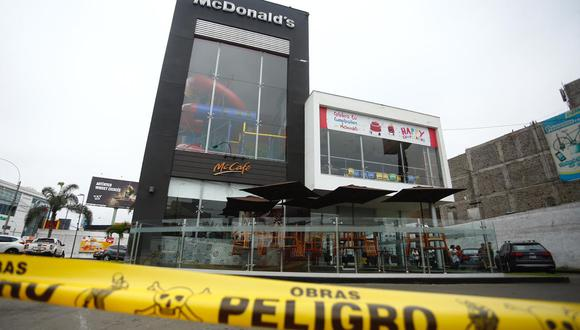 Una pareja muere en McDonald's   Fotos. Joel Alonzo