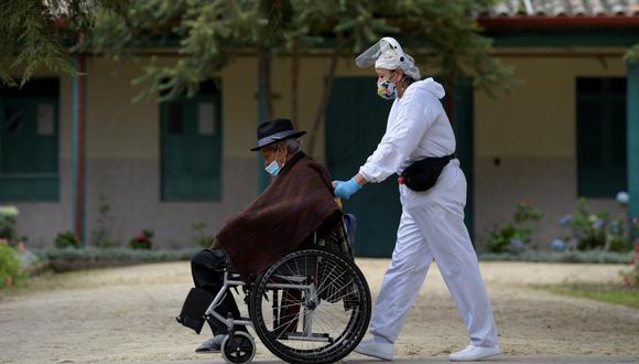 Latinoamérica ha registrado en la pandemia unos 30 millones de casos de COVID-19 y más de 900,000 muertes por la enfermedad.