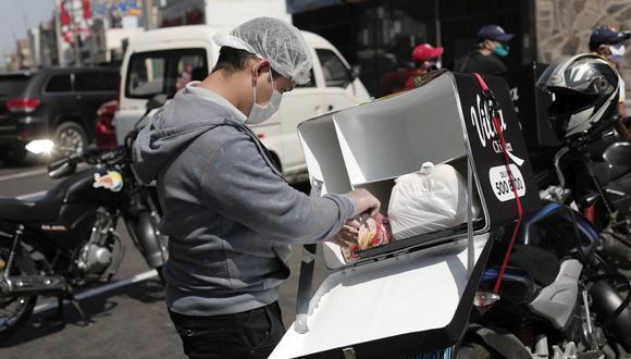 """""""Se ha evaluado de que por ejemplo el domingo sí se va a permitir el delivery. Esos detalles va a estar en la norma claramente explicada"""", dijo Martín Vizcarra. (Foto: Leandro Britto / GEC)"""