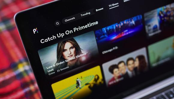 Alrededor de seis servicios estarían compitiendo por los derechos, que permitirían a las compañías de transmisión en línea exhibir las películas cerca de nueve meses después de que se hayan estrenado en los cines.