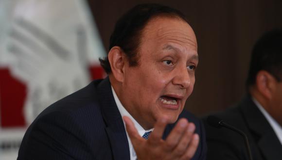 El defensor del Pueblo, Walter Gutiérrez, indicó que en los diálogos se configura el delito de tráfico de influencias. (Foto: GEC)