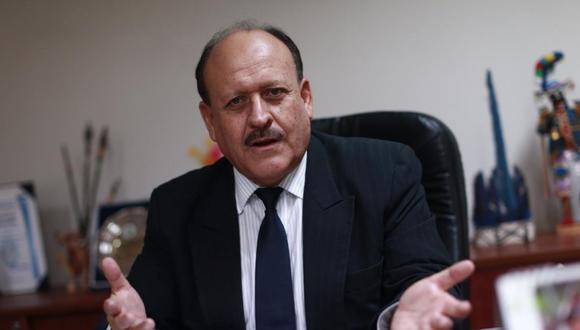 El congresista de Peruanos por el Kambio, Sergio Dávila, cuestionó a los renunciantes de su bancada.