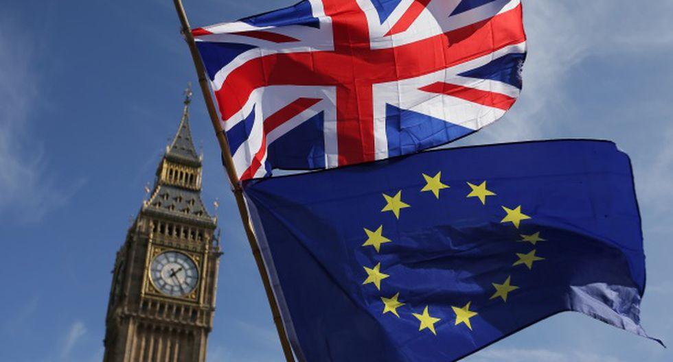 """La Comisión Europea alertó este miércoles de los """"graves riesgos jurídicos y políticos"""" de un aplazamiento hasta esa fecha. (Foto: AFP)"""