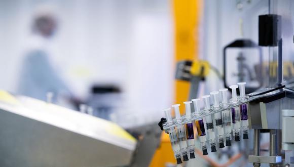 Sanofi y Translate Bio confirmaron que una prueba de fase 1/2 en humanos comenzaría en el cuarto trimestre, pero no proporcionaron una fecha de inicio precisa. (Foto: AFP)