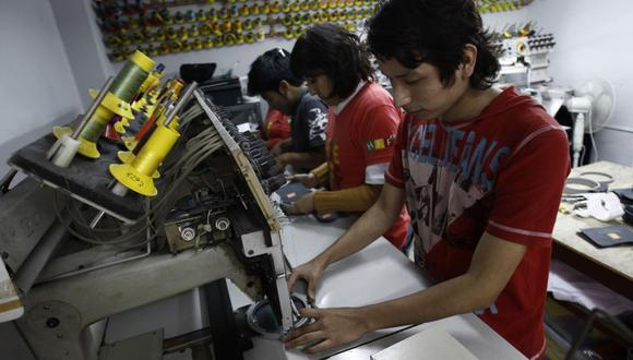 La tercerización de la administración de las planillas permite un aseguramiento de la confidencialidad de la información. (Foto: Andina)