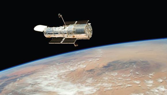 El satélite más grande de Júpiter, tiene vapor de agua en su atmósfera, resultado del escape térmico del vapor de agua de su superficie helada, según Hubble.