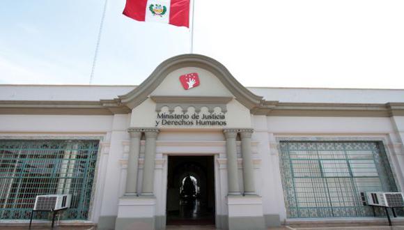 El Ministerio de Justicia y Derechos Humanos tiene a cuatro representantes en la Comisión de Gracias Presidenciales. (Foto: Minjus)
