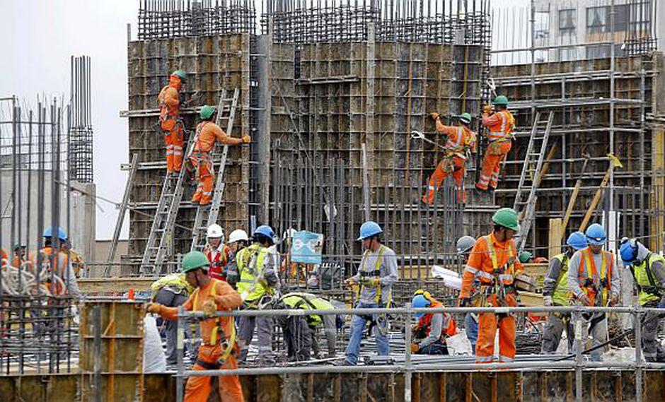 En junio los sectores no primarios, como construcción, habrían reportado un menor dinamismo. (Foto: USI)<br>