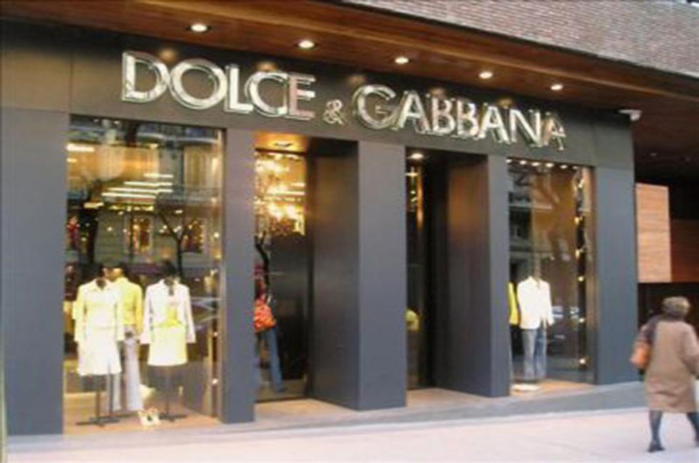 15. Dolce & Gabbana. Dolce & Gabbana es una creación de los diseñadores Domenico Dolce y Stefano Gabbana quienes fundaron la empresa en el año 1985 en la ciudad de Milan, Italia. (Foto: Difusión)