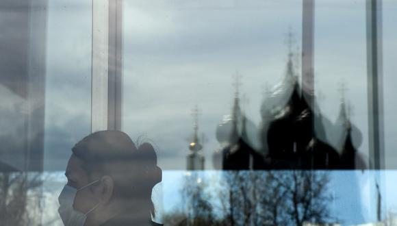 """""""La epidemia ha perturbado el ritmo de la vida económica y comercial en Rusia"""", afirmó el presidente Vladimir Putin. (Photo by Kirill KUDRYAVTSEV / AFP)"""