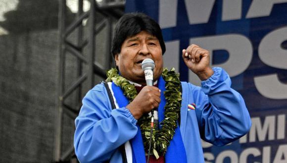 """El Comité Nacional de Defensa de la Democracia (Conade) llamó a movilizarse el próximo 6 de agosto, fecha de las fiestas patrias, en rechazo a esa pericia encargada por la Fiscalía y están en """"alerta"""" por si el expresidente Evo Morales vuelve al poder tras esta pericia. (Foto: AFP / AIZAR RALDES)."""