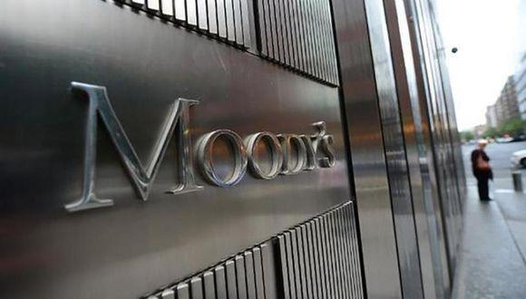 """""""Los efectos de empresas, sectores y regiones continúan siendo dispares y la crisis del COVID persistirán como un desafío para las economías del mundo más allá del horizonte de dos años"""", dijo Moody's."""
