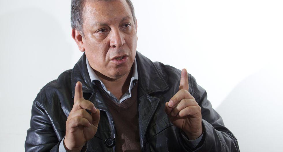 Marco Arana viajó junto a una comitiva del Frente Amplio a Uruguay para exponer su posición frente al asilo solicitiado por Alan García a este país. (FOTO: USI)