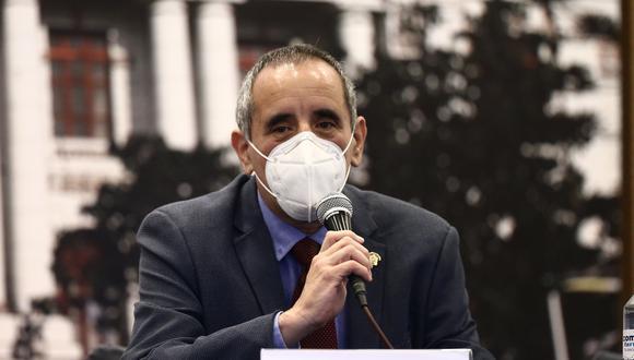 El legislador Ricardo Burga consideró como un acto de desprendimiento el retiro de la precandidatura de Raúl Diez Canseco. (Foto: GEC)