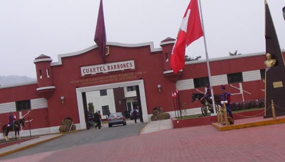 El burgomaestre refirió que el cuartel Barbones le pertenece al Estado y tiene un espacio de 20 hectáreas, el cual sería suficiente para la ubicación de los vendedores de La Parada. (Foto Google Maps)