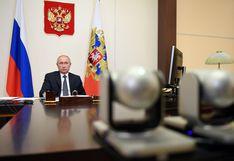 """Putin prueba la vacuna rusa en una de sus hijas, tuvo temperatura de 38°C, """"pero está bien"""""""