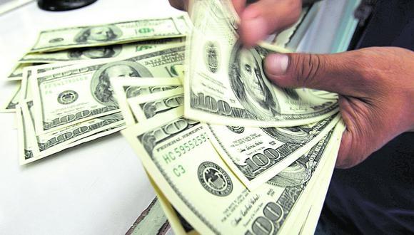 El dólar retomó su senda alcista tras conocerse que el congresista Guido Bellido liderará el primer Gabinete Ministerial en la administración de Pedro Castillo. (Foto: Reuters).