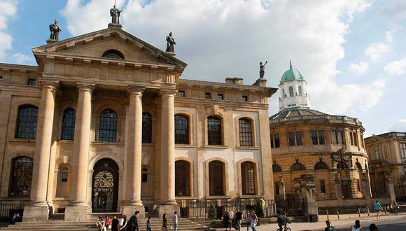 Universidad de Oxford, ubicada en Reino Unido.