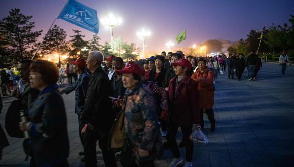 Treinta años después de la represión de los manifestantes de Tiananmen, los tanques que bordeaban la avenida central de Beijing han sido reemplazados por innumerables cámaras de vigilancia ubicadas como halcones en farolas para mantener a la población bajo control. (Foto: AFP)