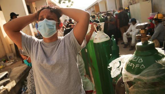 El número de muertos llegó a los 26,281 fallecidos por coronavirus, informó el Ministerio de Salud (Minsa). (Foto de Cesar Von BANCELS / AFP).