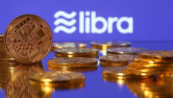 Las monedas estables están ligadas a una divisa tradicional o a una cesta de activos y se usan para pagar o almacenar valor. (Foto: REUTERS/Dado Ruvic/Illustration)