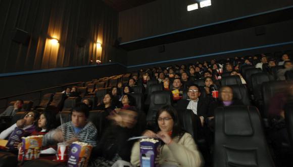 El Indecopi se pronunció sobre el ingreso de alimentos a las salas de cine. (Foto: USI)