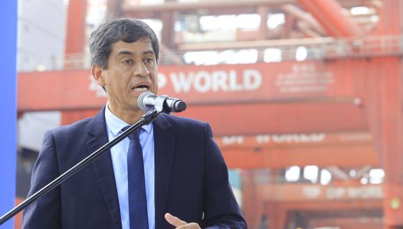 Carlos Lozada dijo que el gobierno busca que los concesionarios de actividades autosostenibles no suspendan tales labores. (Foto: GEC)
