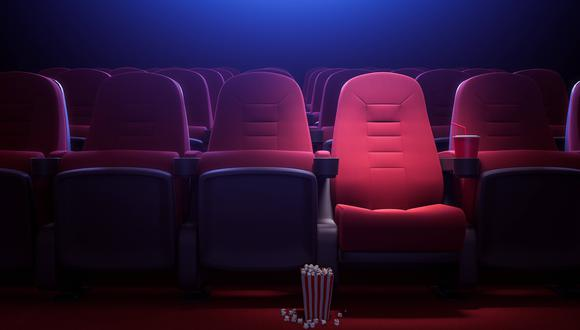 Algunos importantes estados, como California, Nueva York y Nueva Jersey, aún no han autorizado la reapertura de los cines ni han develado fechas para hacerlo. (Foto: iStock)