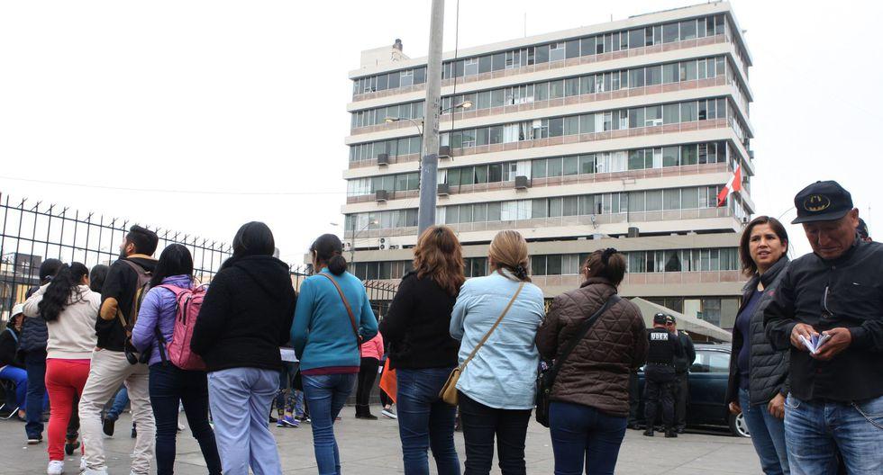Reniec informó que sus oficinas atenderán mañana, día de las Elecciones Extraordinarias Congresales 2020, solo para la entrega del DNI. (Foto: Andina)