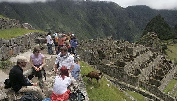 Hacer turismo, disfrutar de la gastronomía y cautivarse con los paisajes es parte fundamental de un viaje. (Foto: EFE)