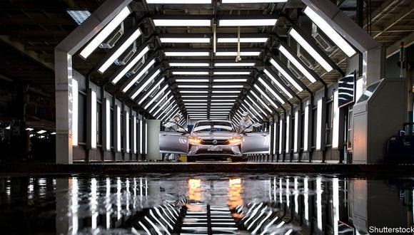 La prioridad inapelable es la consolidación del sector automotriz.